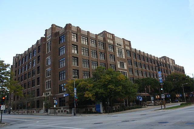 320px-Milwaukee_Area_Technical_College_Downtown.jpg